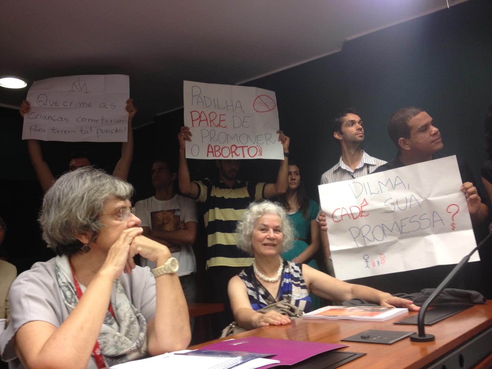 Brazilian anti-abortion protestors