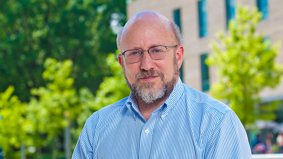 Professor and Acting Dean Robert Dinerstein