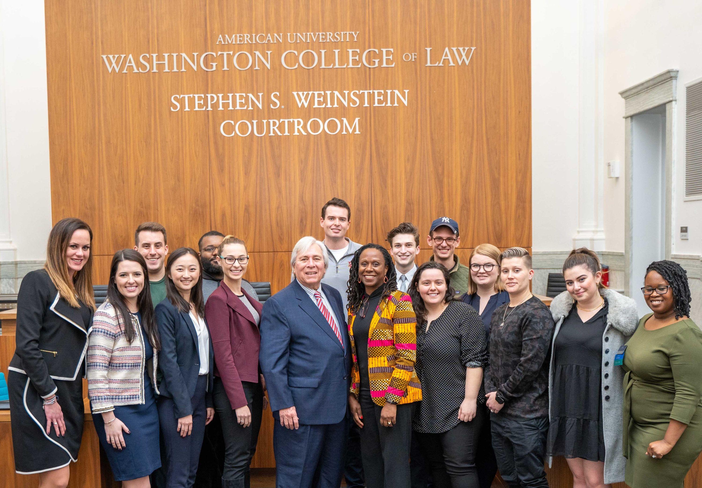 Skippy Weinstein with trial advocacy students.
