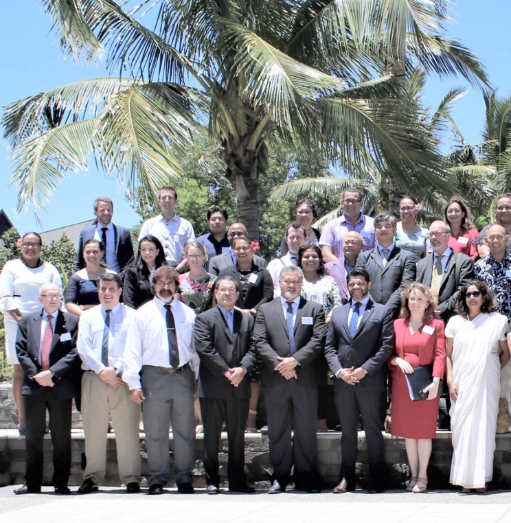 Professor Diego Rodríguez-Pinzón participated in high level regional seminar hosted by the Government of the Republic of Fiji