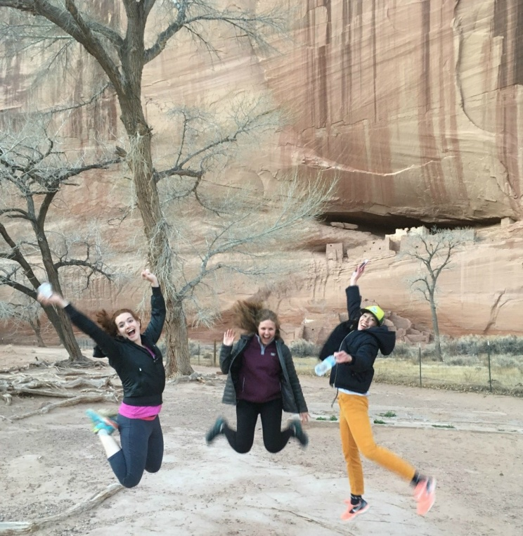 Students in front of White House Ruins in Canyon de Chelly.