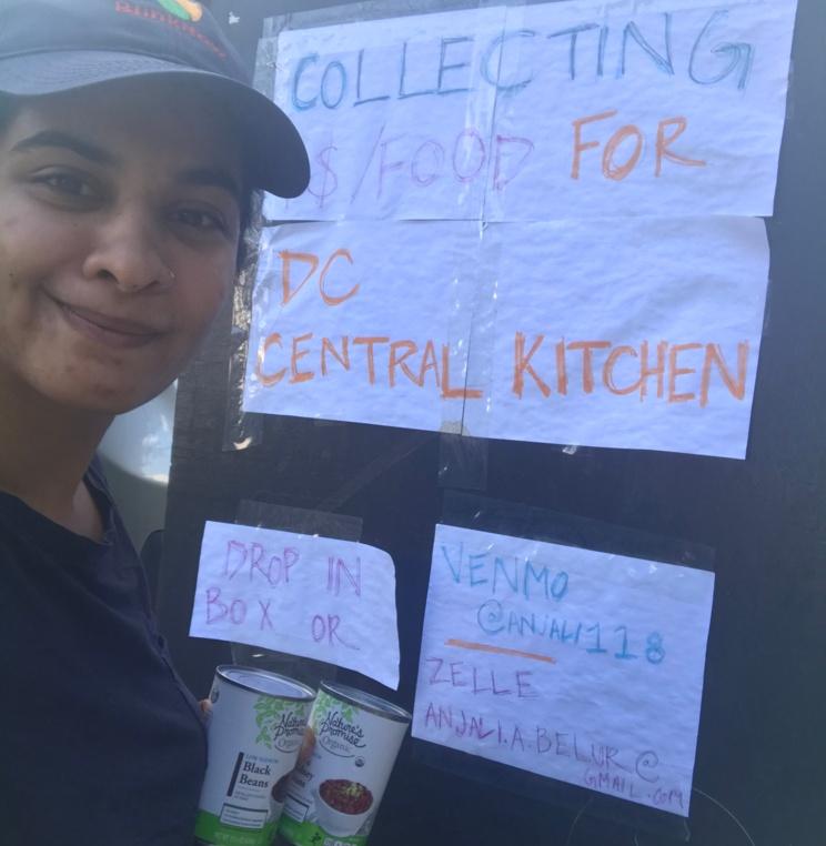Student volunteer collecting food