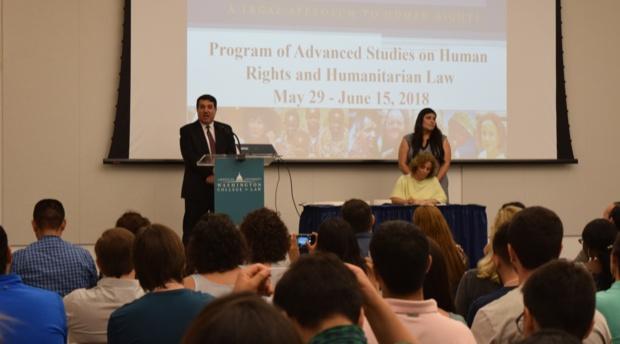 Dos profesores del programa de verano fueron nominados a organismos internacionales de derechos humanos