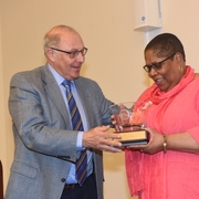 Dean Grossman honoring Sherry Weaver at the 20th Annual Sylvania Woods Conference on African Americans and the Law (2016).